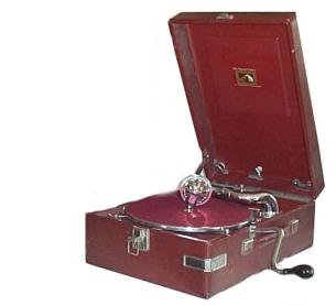 gramophones.picbig.hmv.102.red